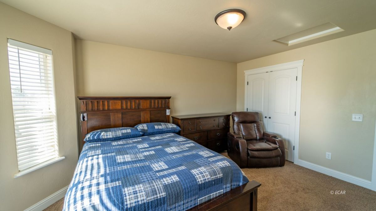 601 Diamondback Drive Property Photo 11