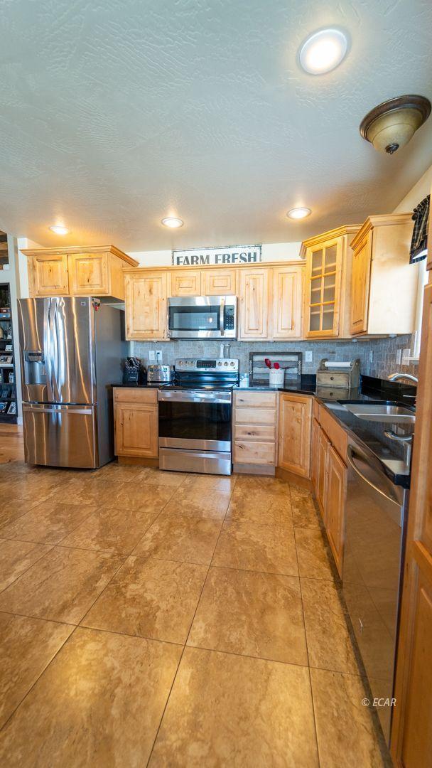 601 Diamondback Drive Property Photo 15