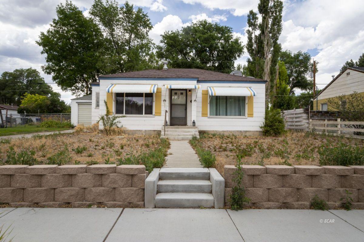 222 W Cedar Street Property Photo 1