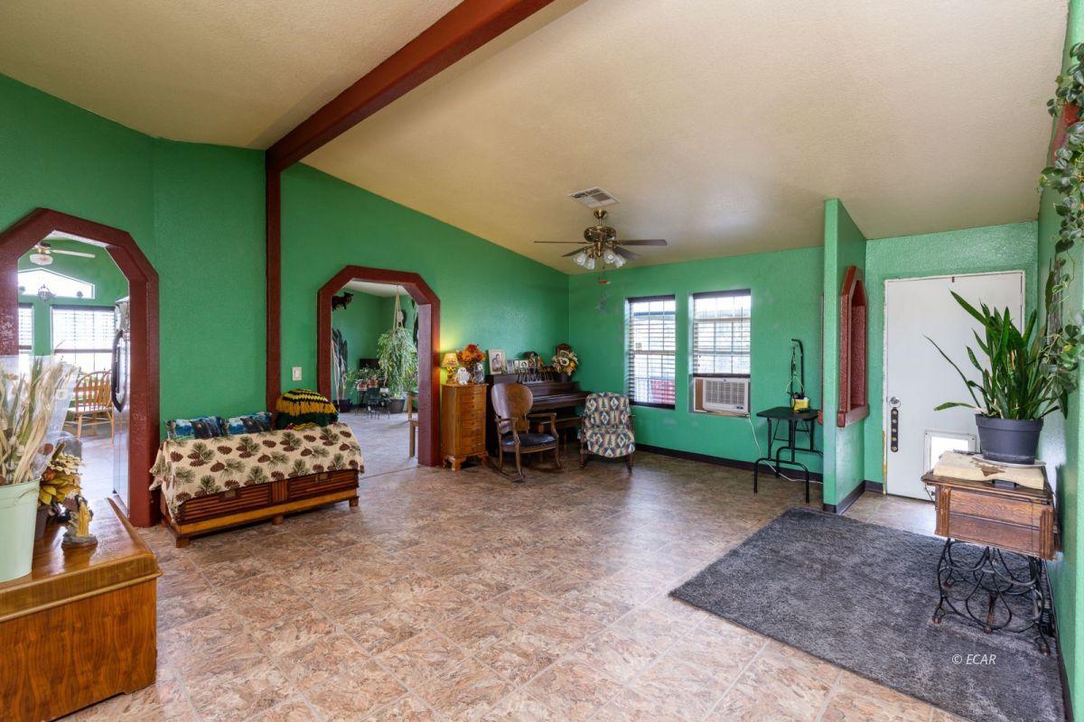 638 Willington Drive Property Photo 7