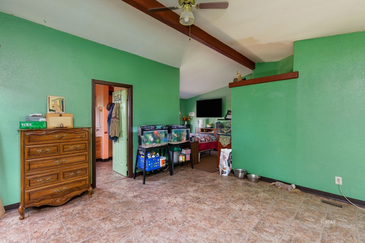 638 Willington Drive Property Photo 8