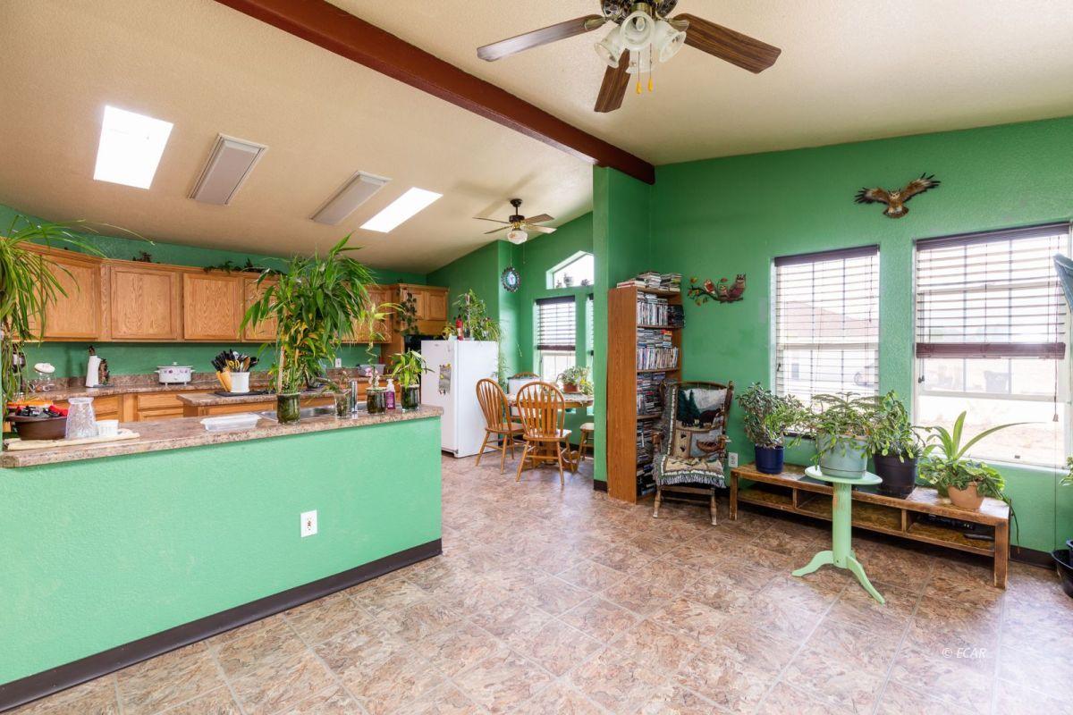 638 Willington Drive Property Photo 12