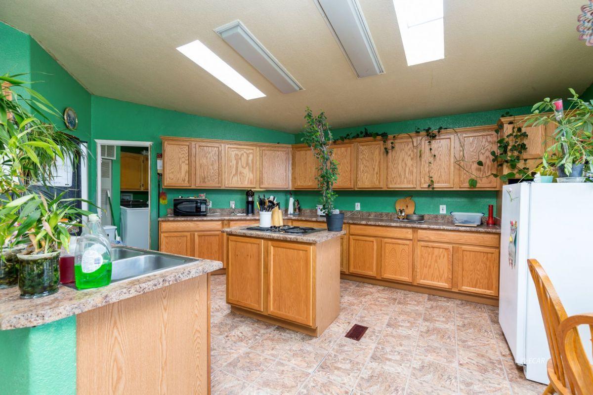 638 Willington Drive Property Photo 14