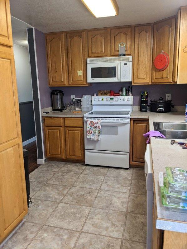 656 1st Street Property Photo 3