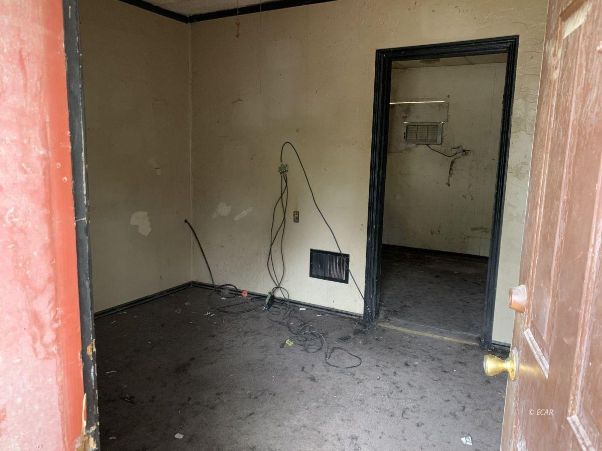 222 S 8th Street Property Photo 4