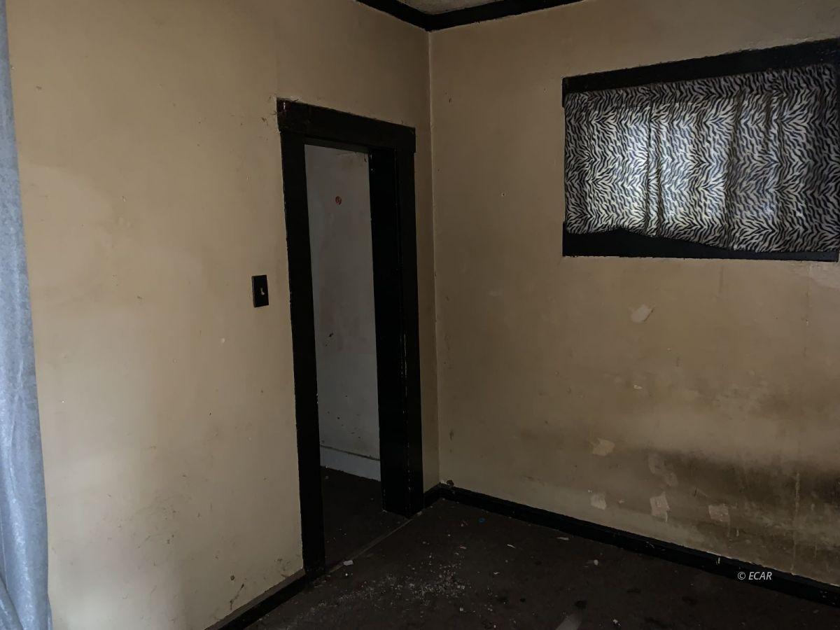 222 S 8th Street Property Photo 6