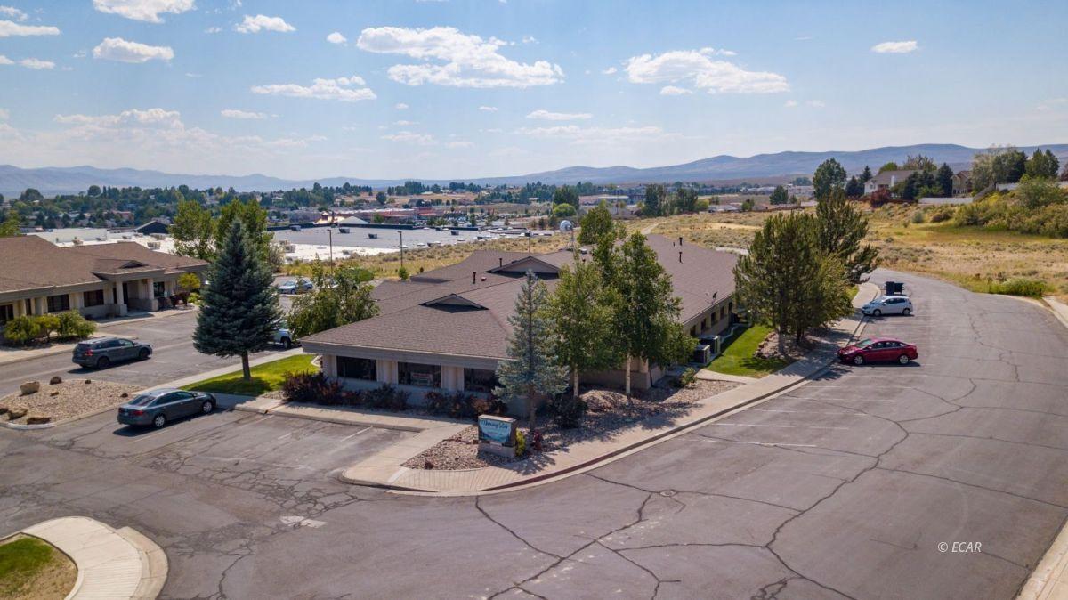 247 Bluffs Avenue Property Photo