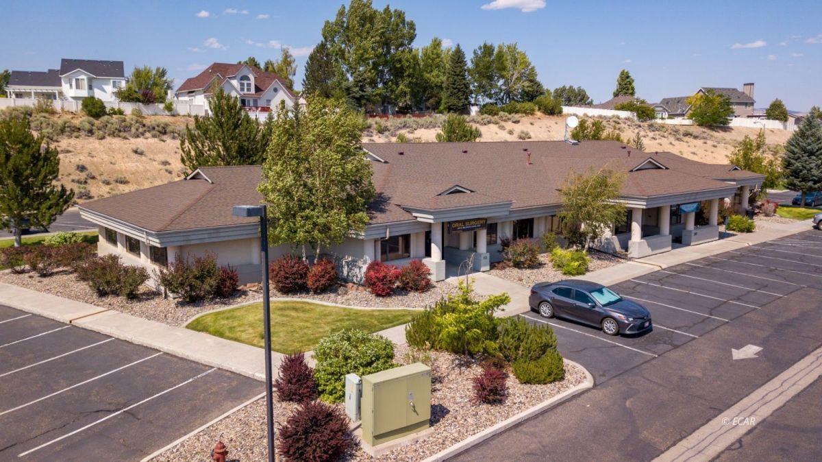 247 Bluffs Avenue Property Photo 8