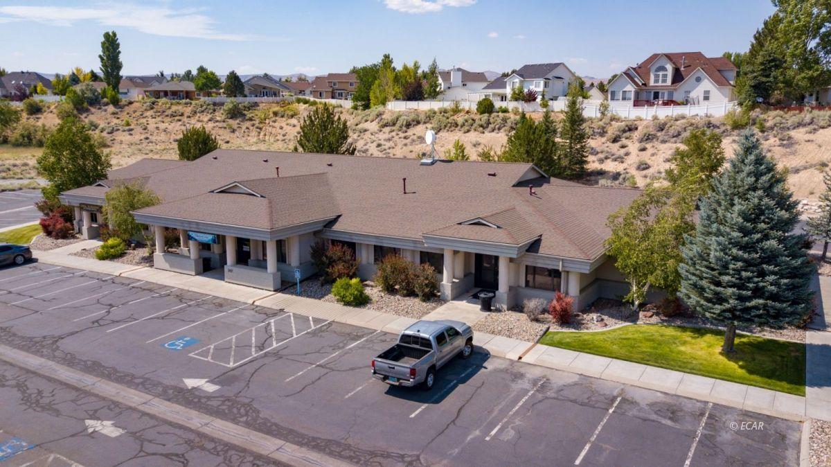 247 Bluffs Avenue Property Photo 9