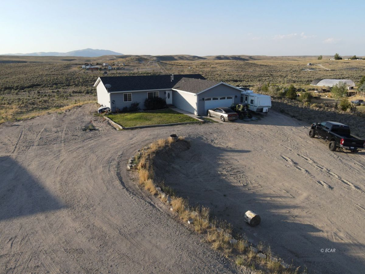 129 Glenvista Drive Property Photo 1