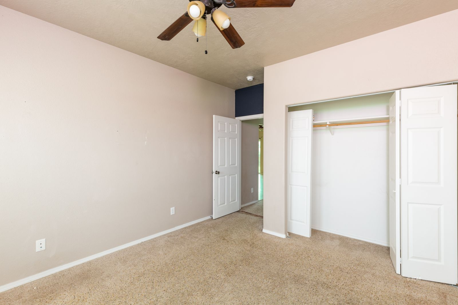 358 Country Club Parkway Property Photo 19