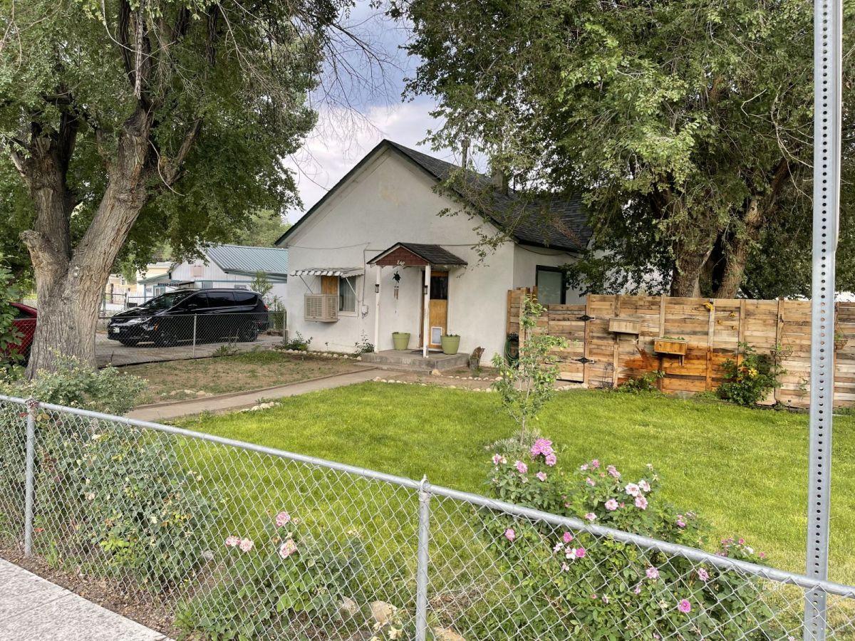 848 Wilson Avenue Property Photo