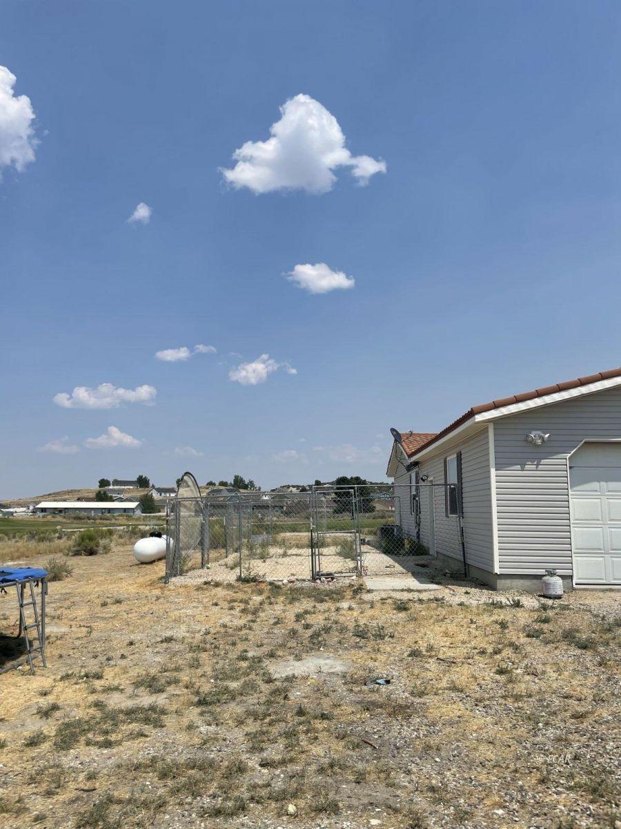 390 Oakshire Drive Property Photo 4