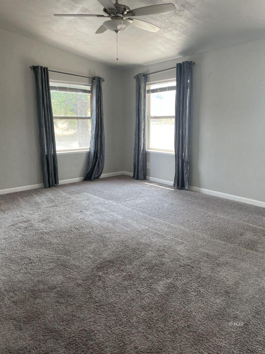 390 Oakshire Drive Property Photo 19