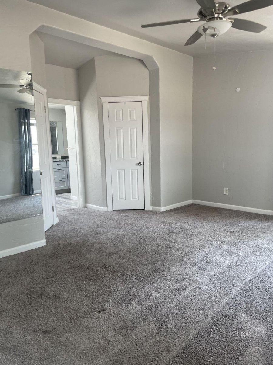 390 Oakshire Drive Property Photo 21