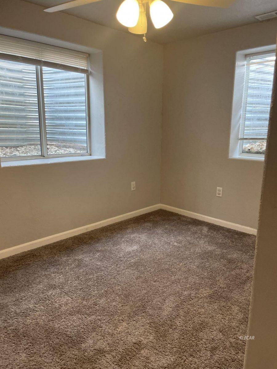 390 Oakshire Drive Property Photo 27