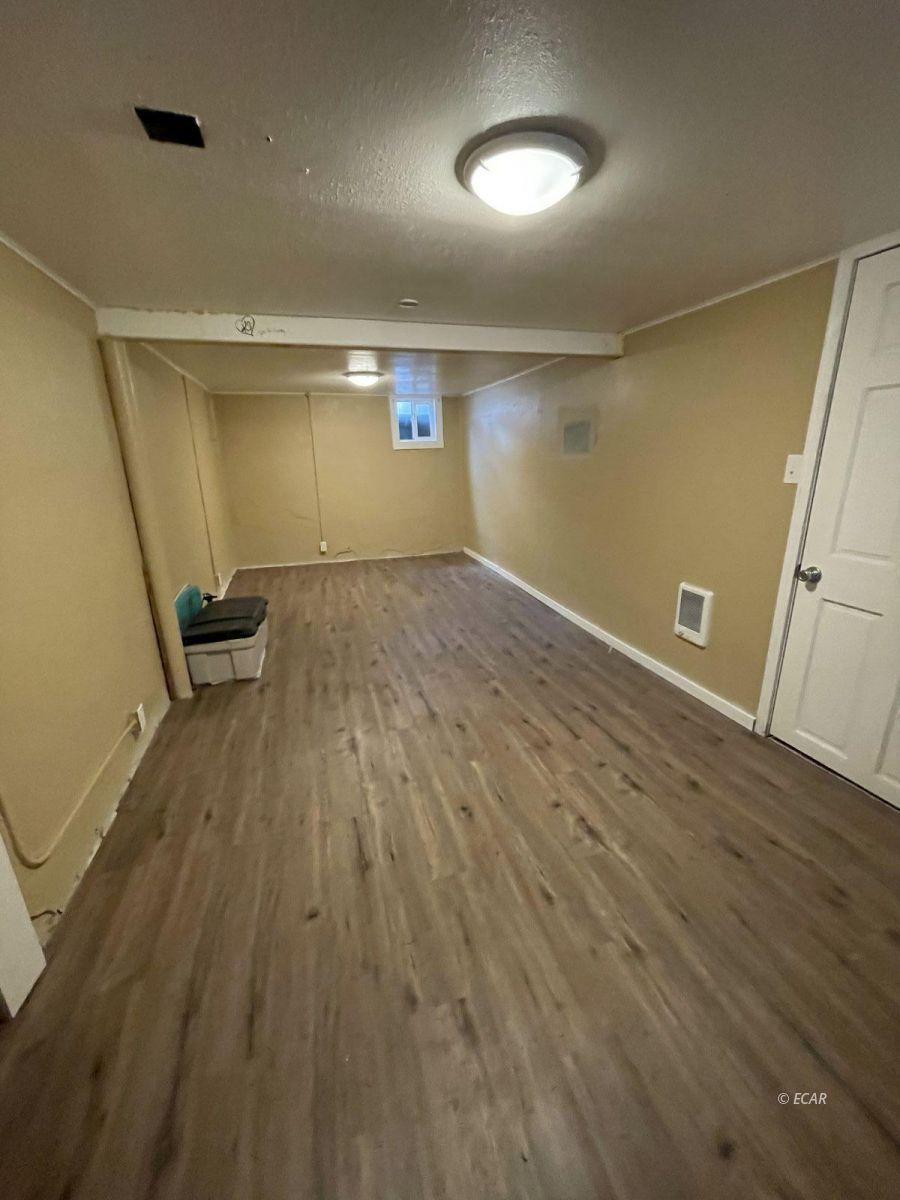 506 Cedar Street Property Photo 11
