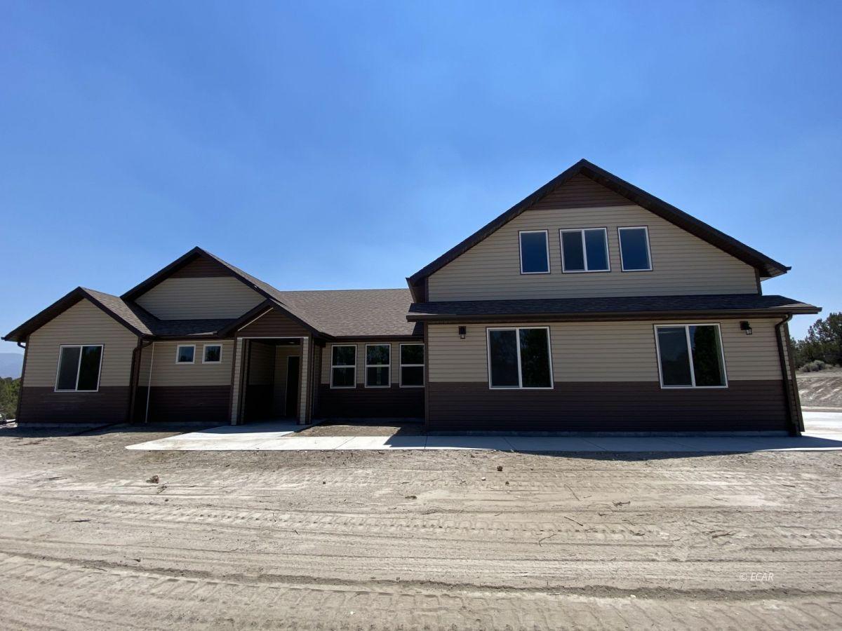 651 Spring Creek Parkway Property Photo 1