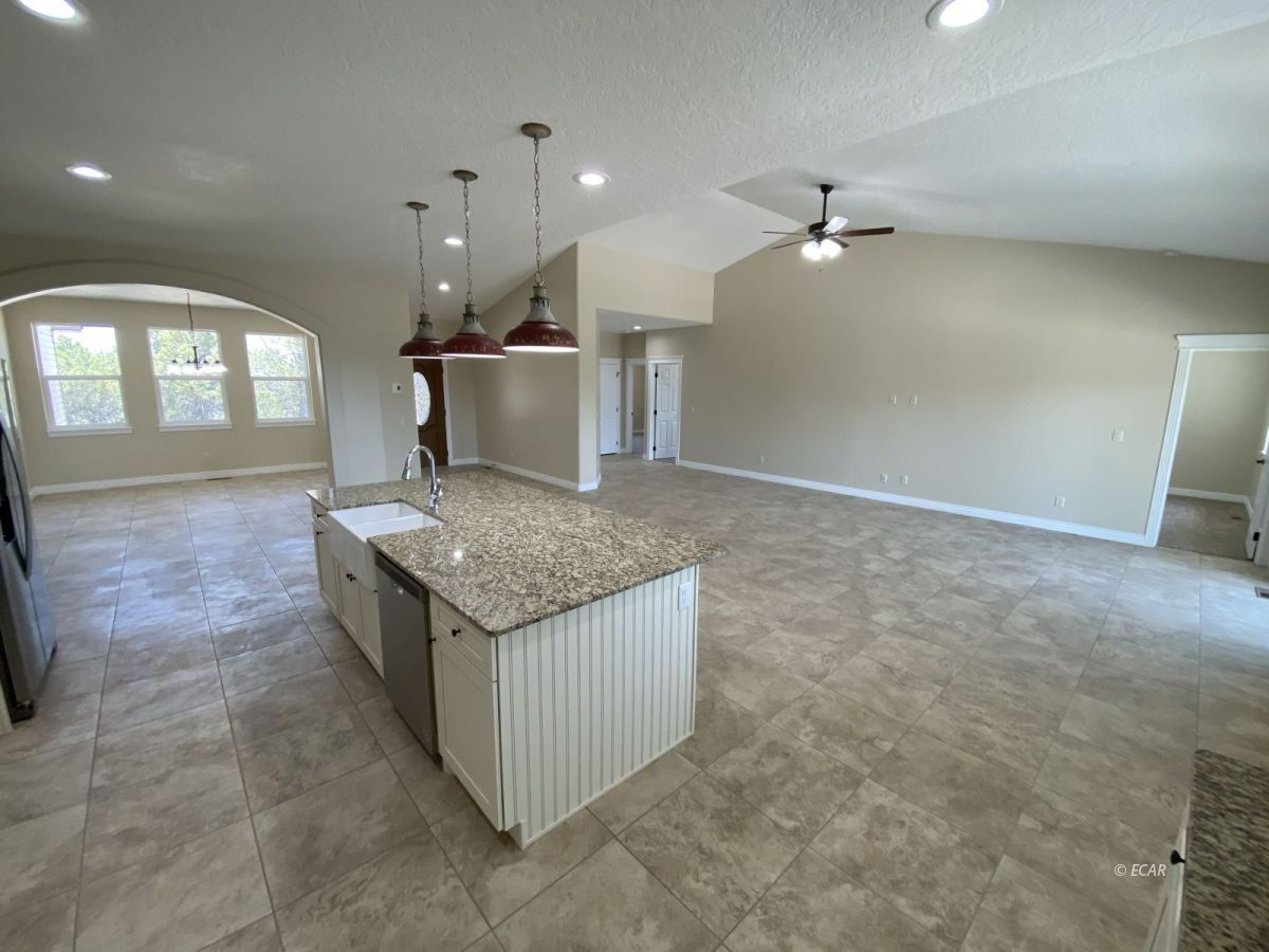 651 Spring Creek Parkway Property Photo 12