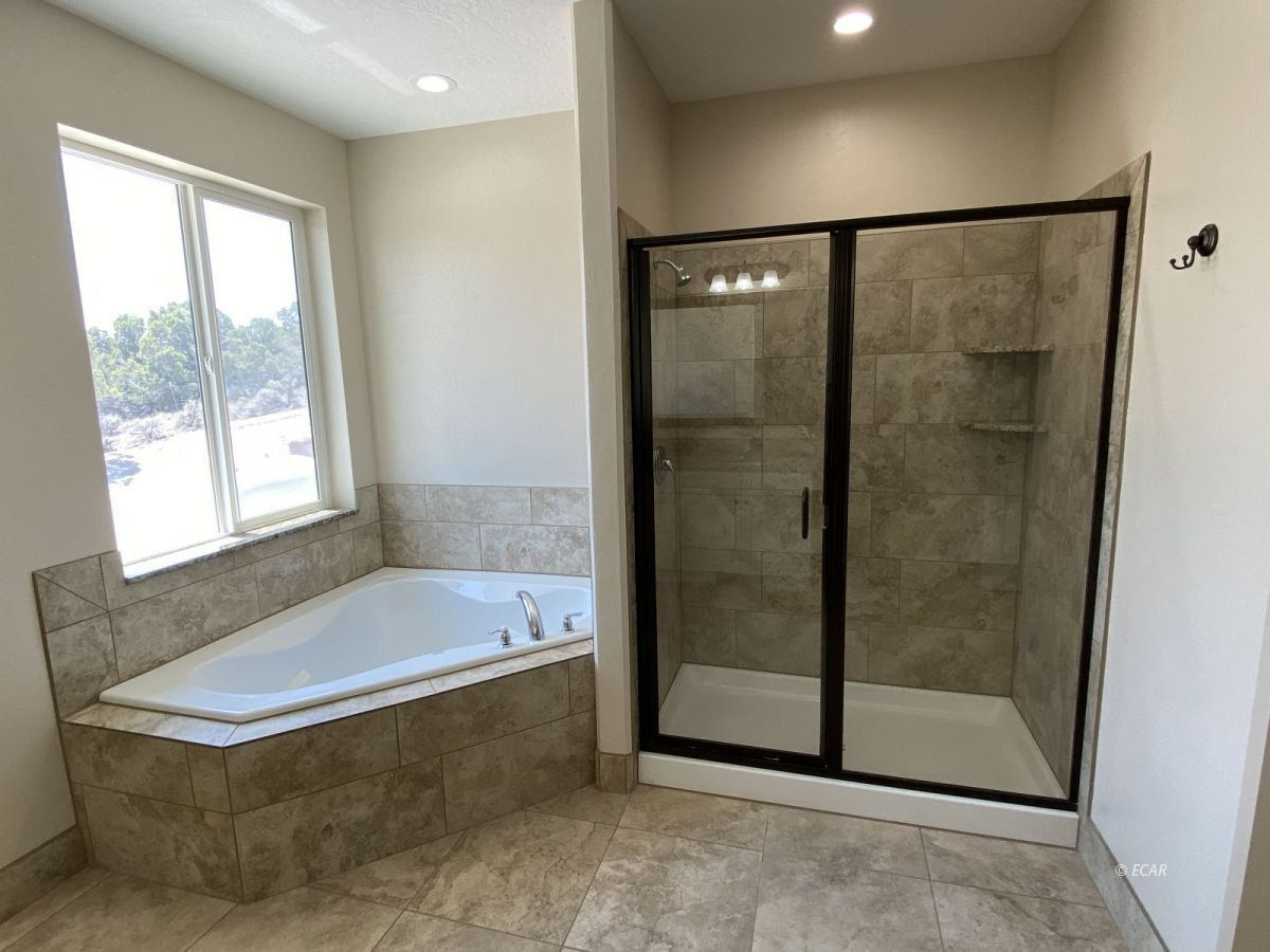 651 Spring Creek Parkway Property Photo 25