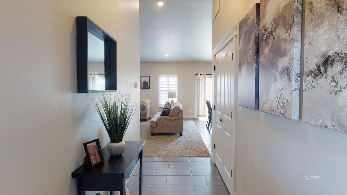 408 White Oak Drive Property Photo 2