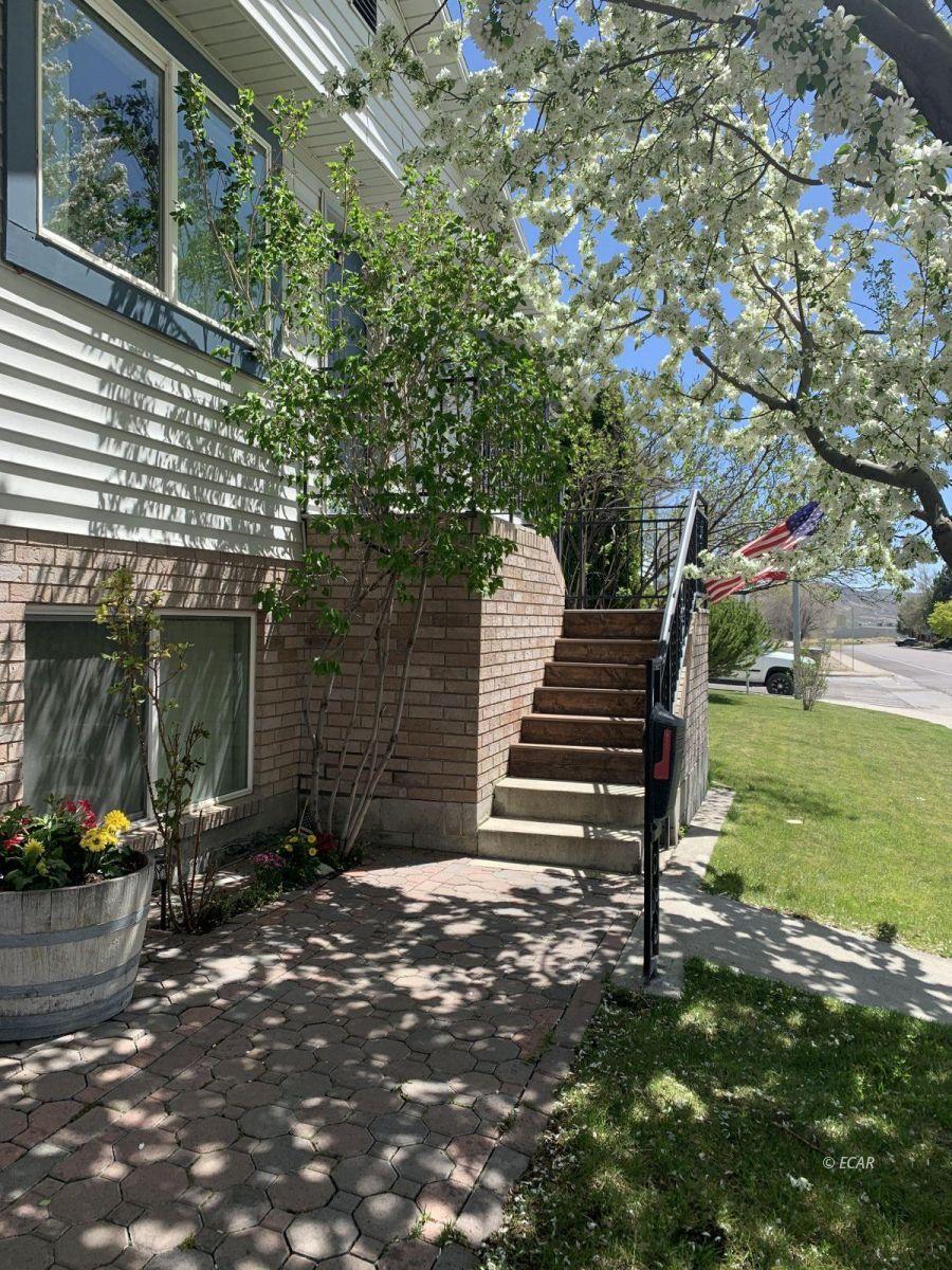 825 West Sage Street Property Photo 10
