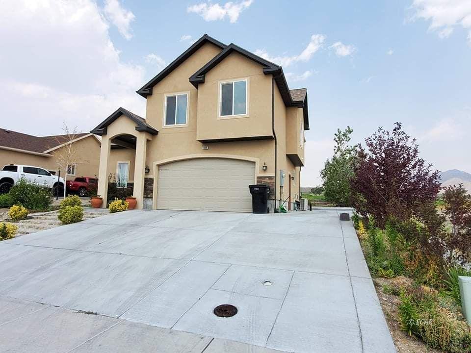 2660 Tibbets Boulevard Property Photo 3