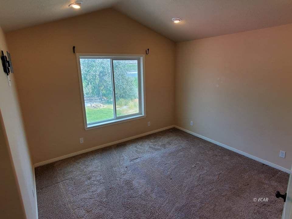 2660 Tibbets Boulevard Property Photo 18