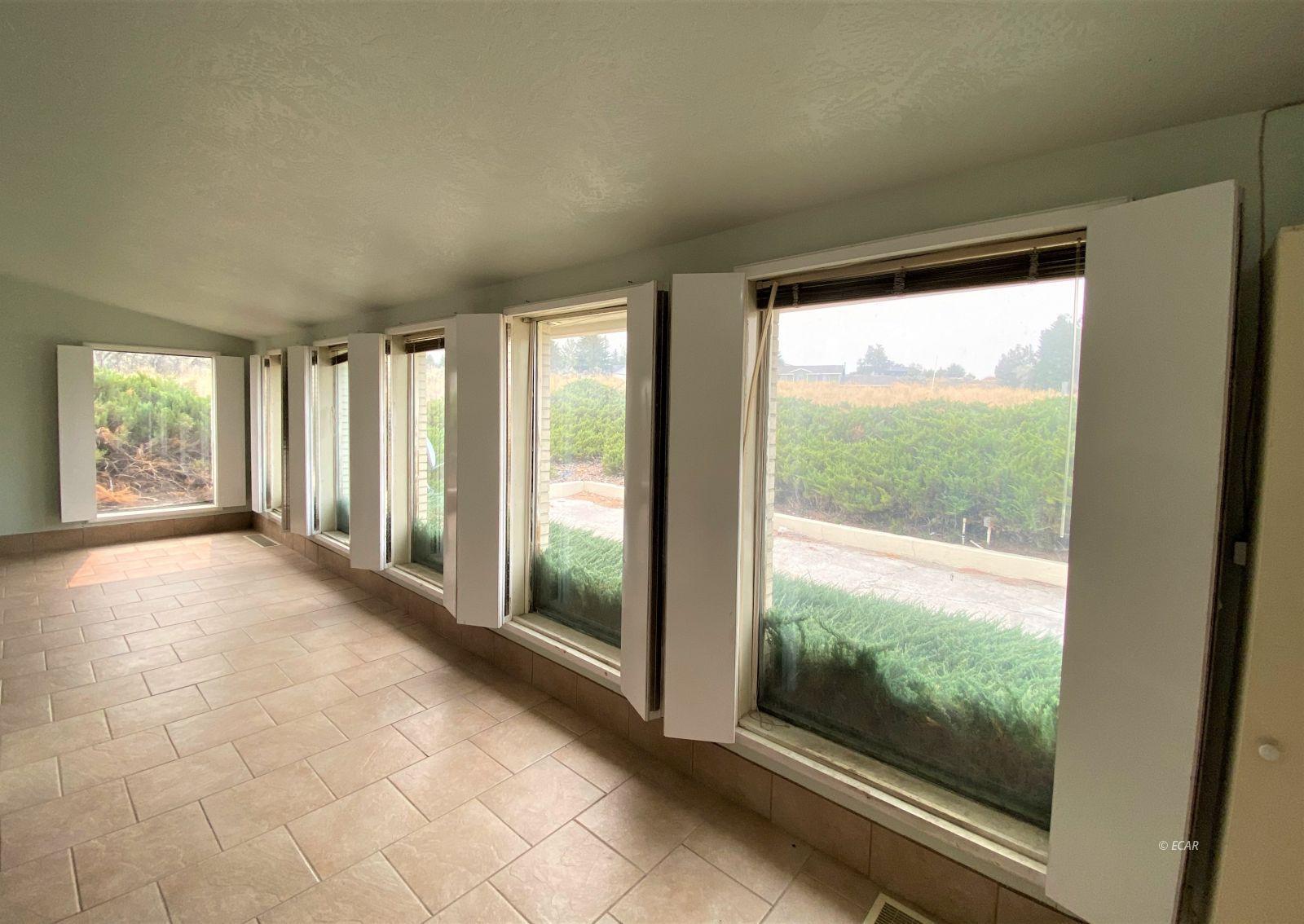 519 Spring Creek Parkway Property Photo 6