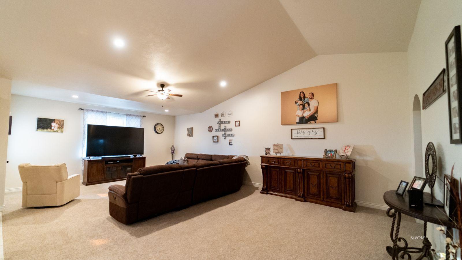 551 Shadybrook Drive Property Photo 16