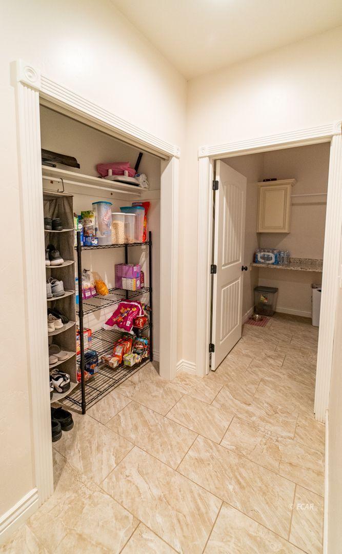 551 Shadybrook Drive Property Photo 28