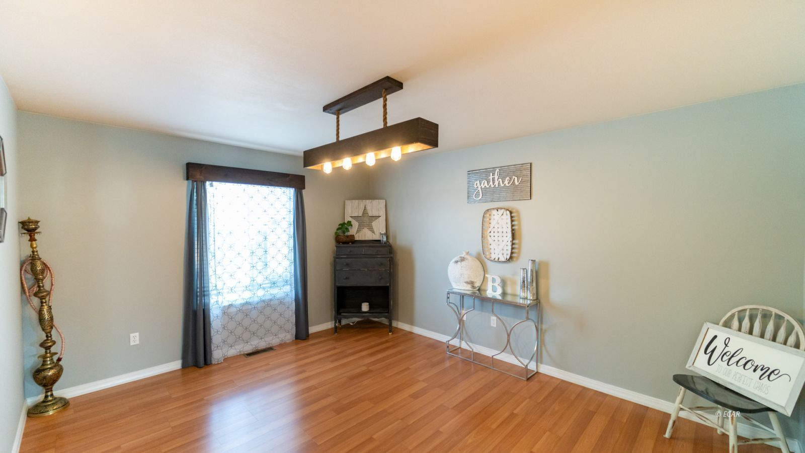 944 Blue Jay Drive Property Photo 4