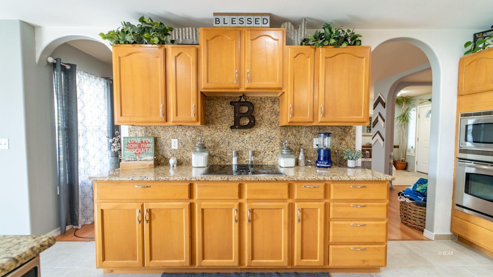 944 Blue Jay Drive Property Photo 12