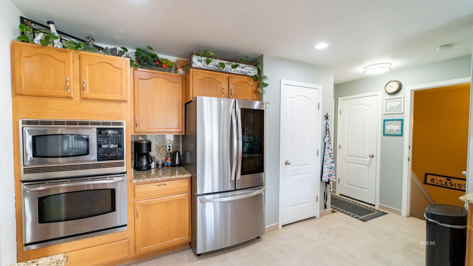 944 Blue Jay Drive Property Photo 13