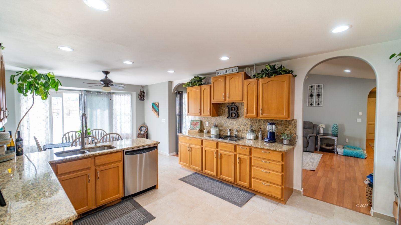 944 Blue Jay Drive Property Photo 15