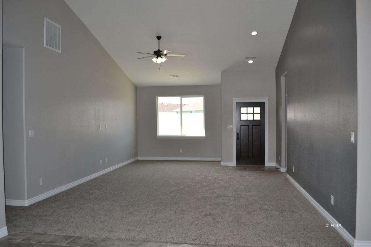 984 Eisenhower Avenue Property Photo 12