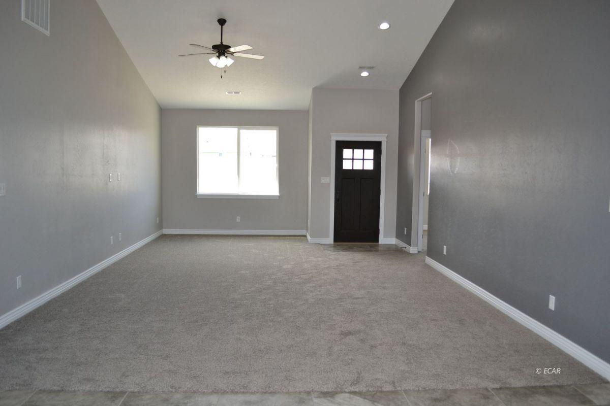 984 Eisenhower Avenue Property Photo 14