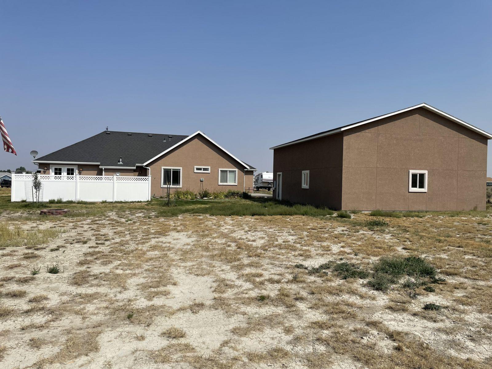 260 Edgebrook Drive Property Photo 7
