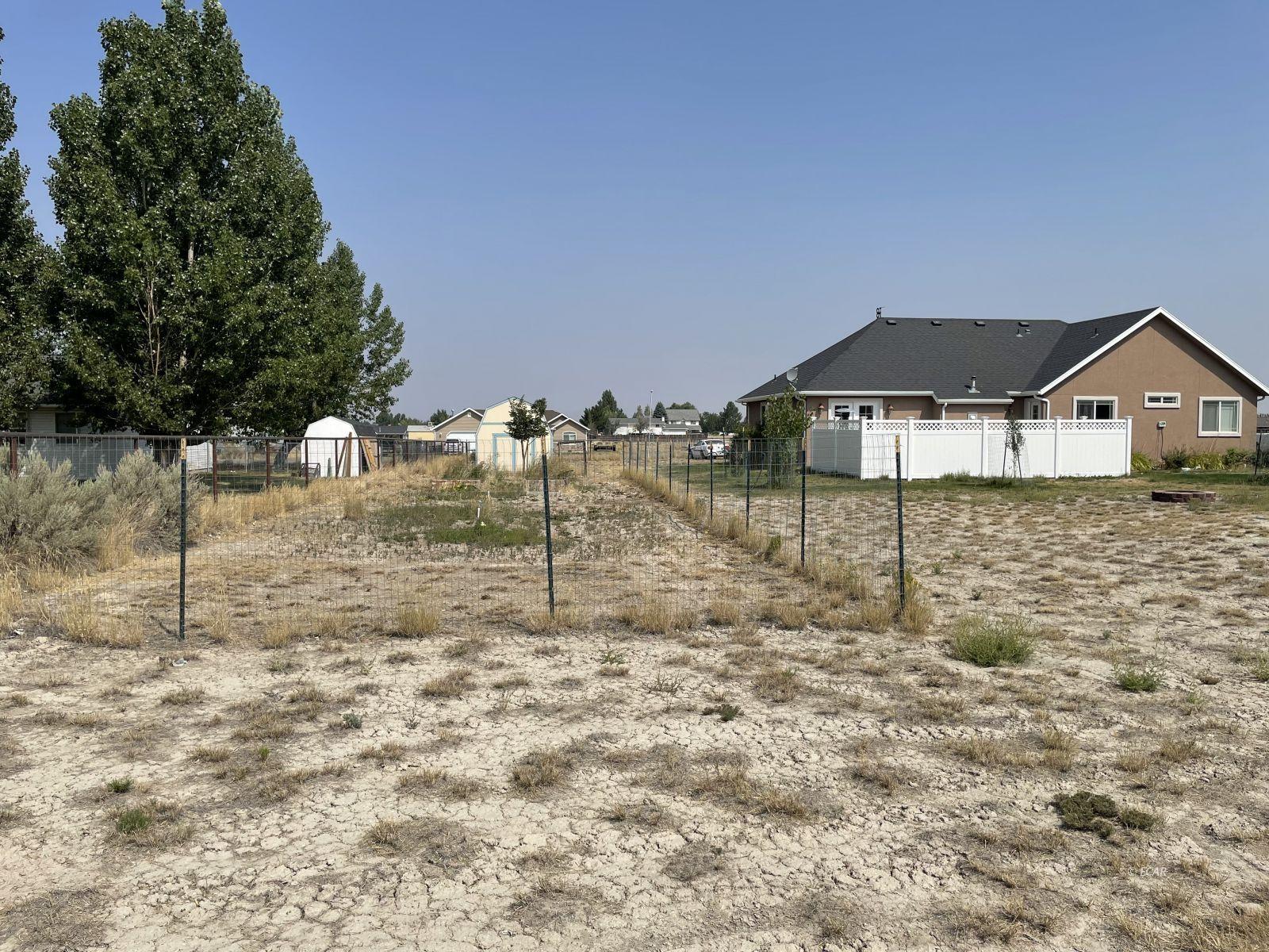 260 Edgebrook Drive Property Photo 8