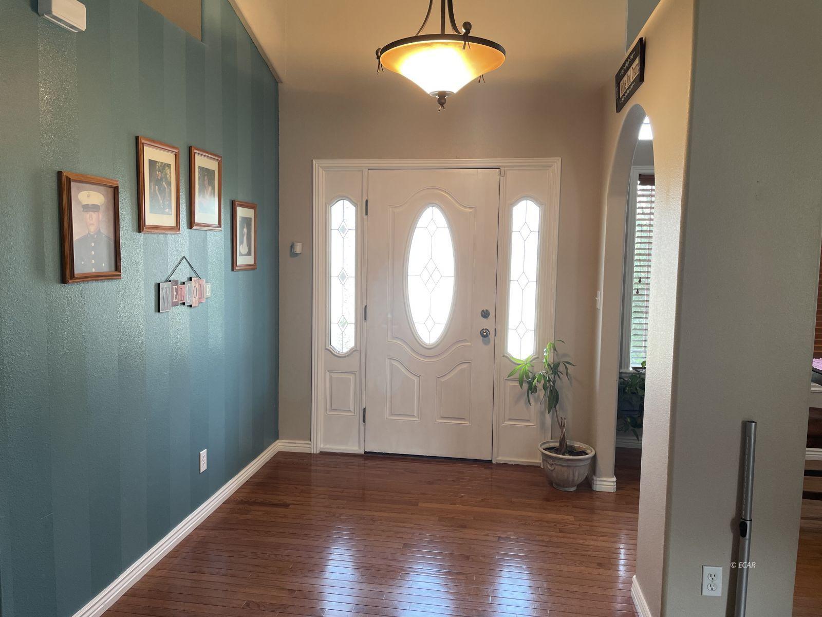 260 Edgebrook Drive Property Photo 15