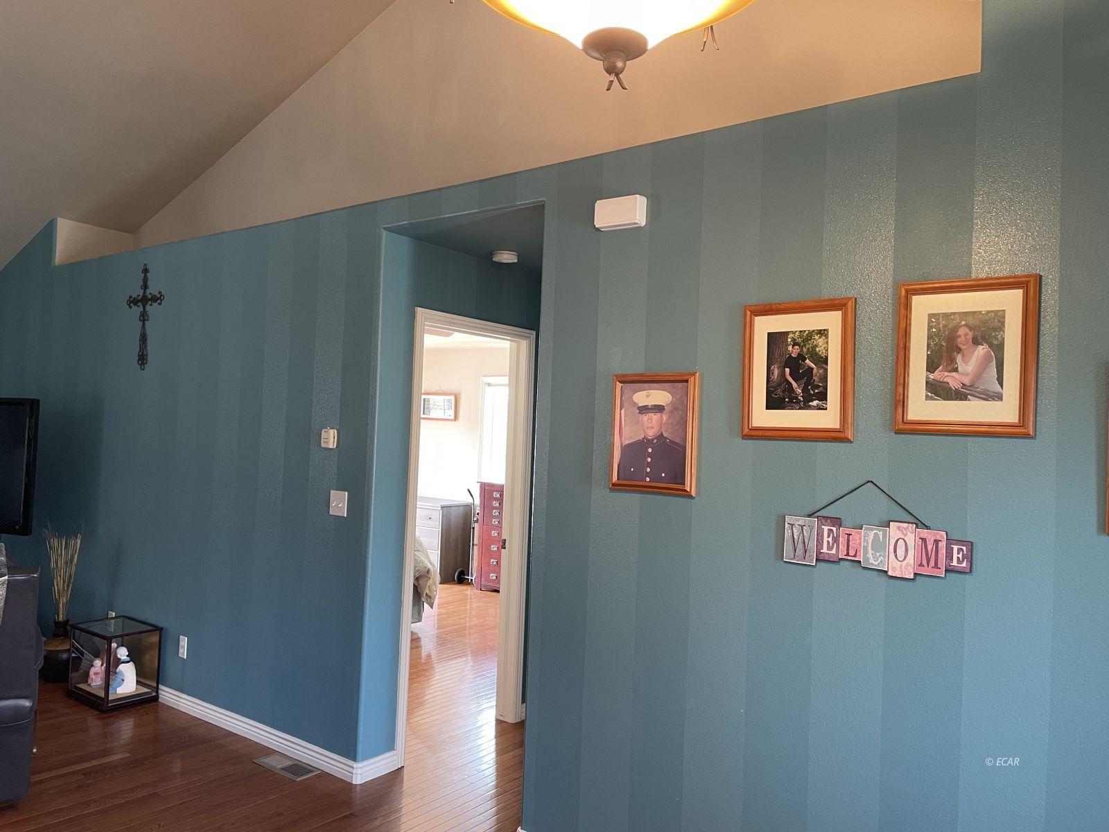260 Edgebrook Drive Property Photo 17