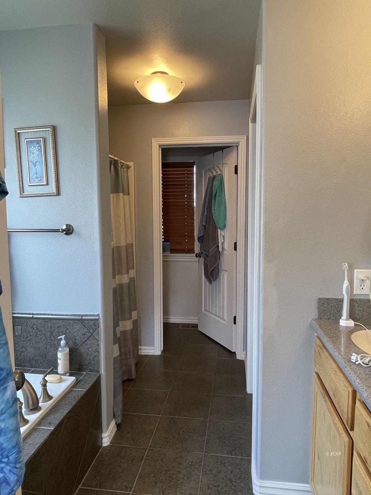 260 Edgebrook Drive Property Photo 31