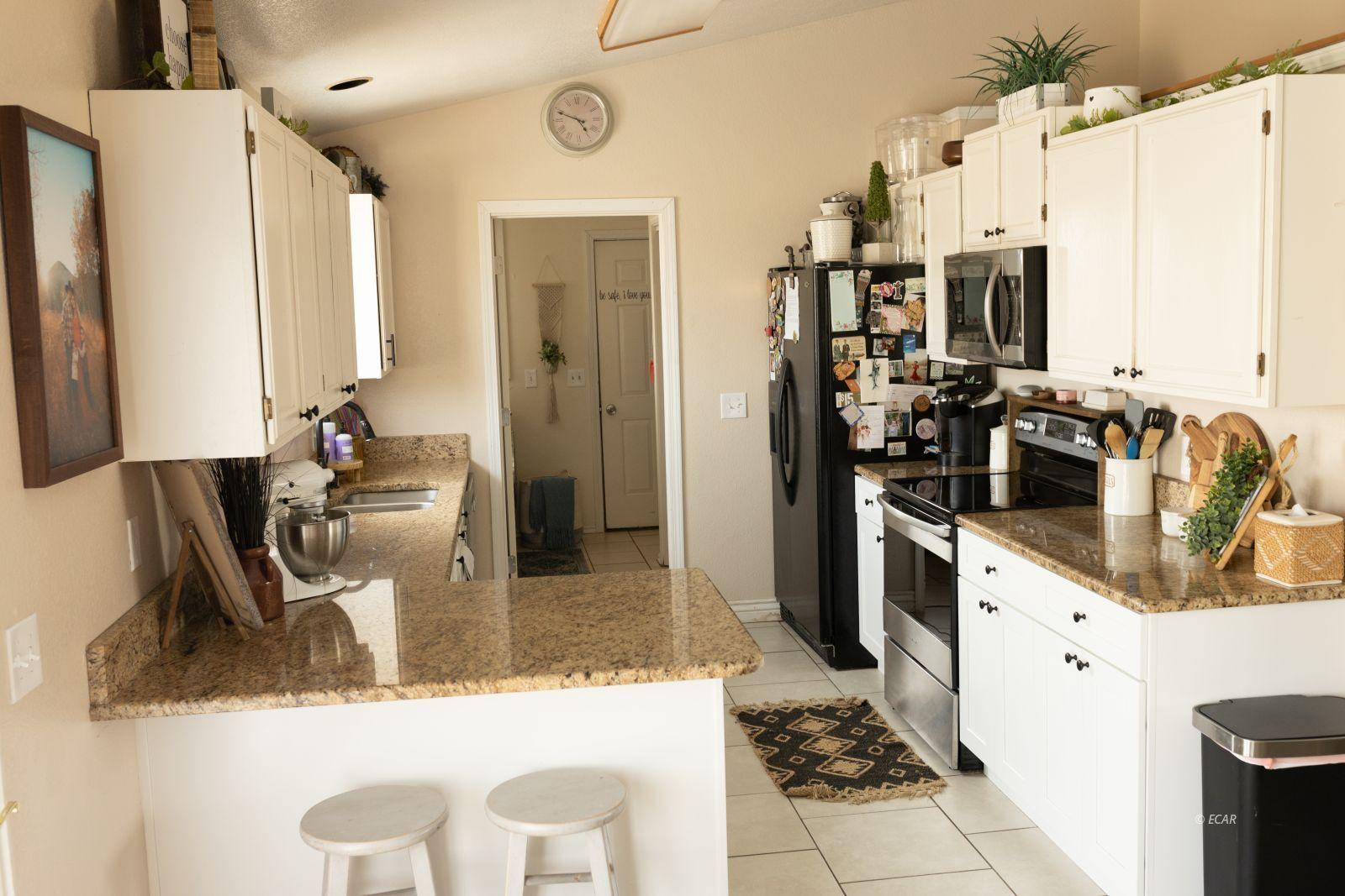 364 Royal Oak Circle Property Photo 4