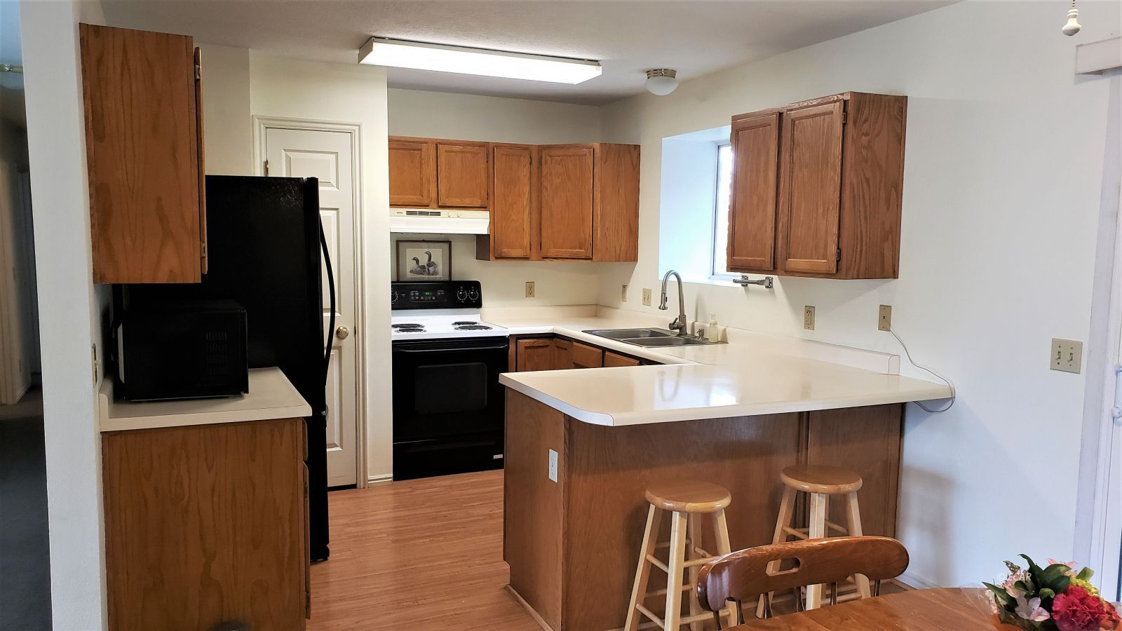1409 Clover Hills Drive Property Photo 2