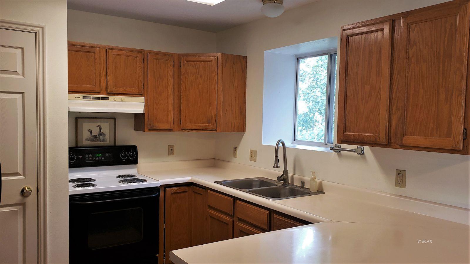 1409 Clover Hills Drive Property Photo 6