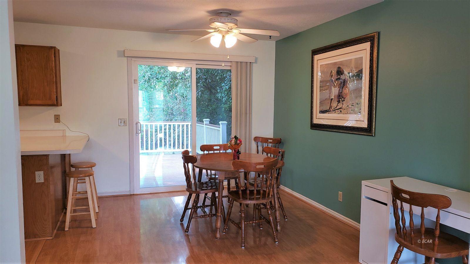 1409 Clover Hills Drive Property Photo 8