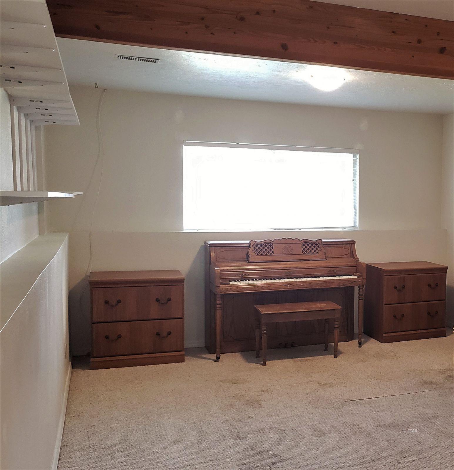 1409 Clover Hills Drive Property Photo 26