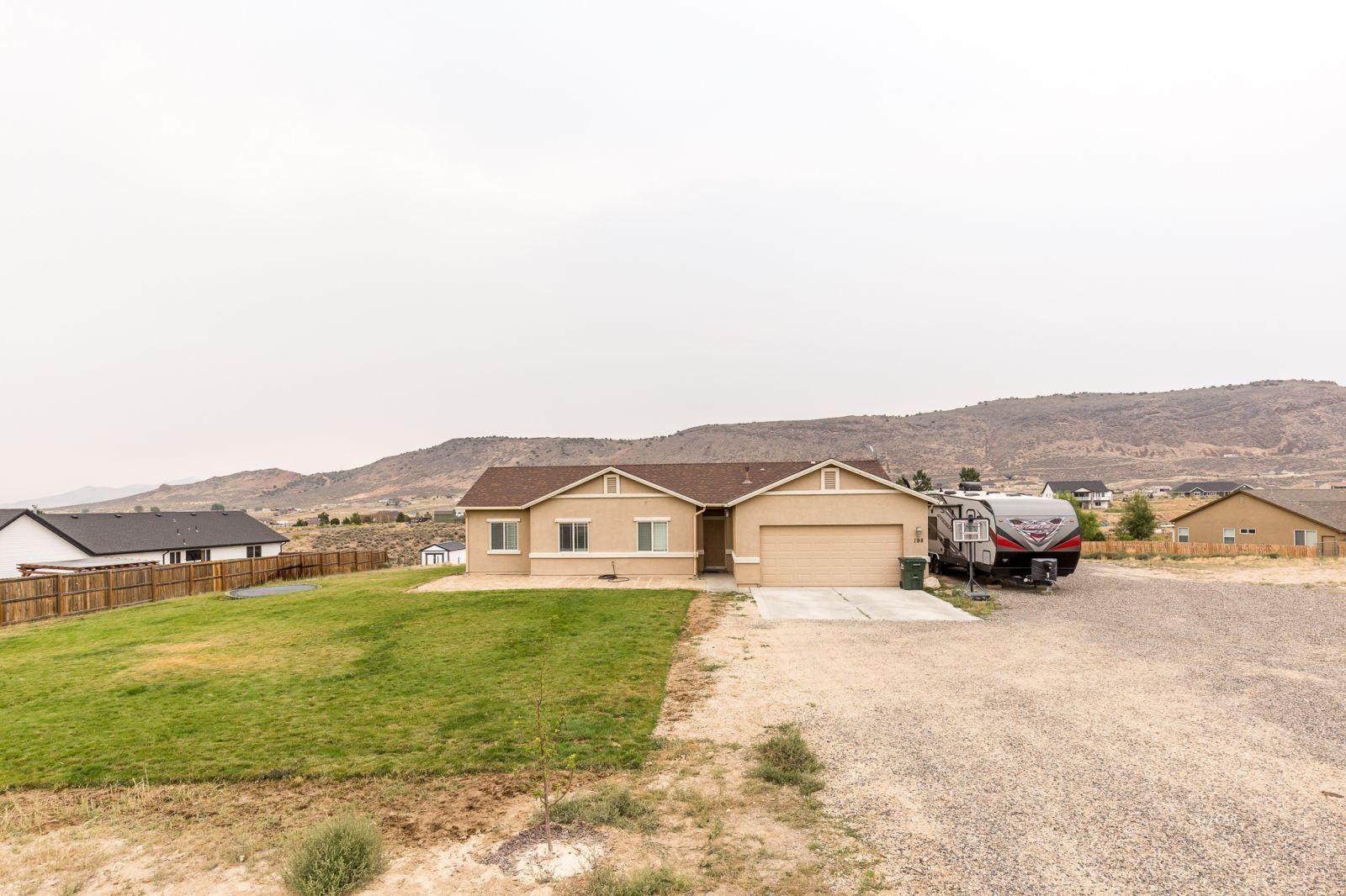 198 Dry Creek Trail Property Photo 3