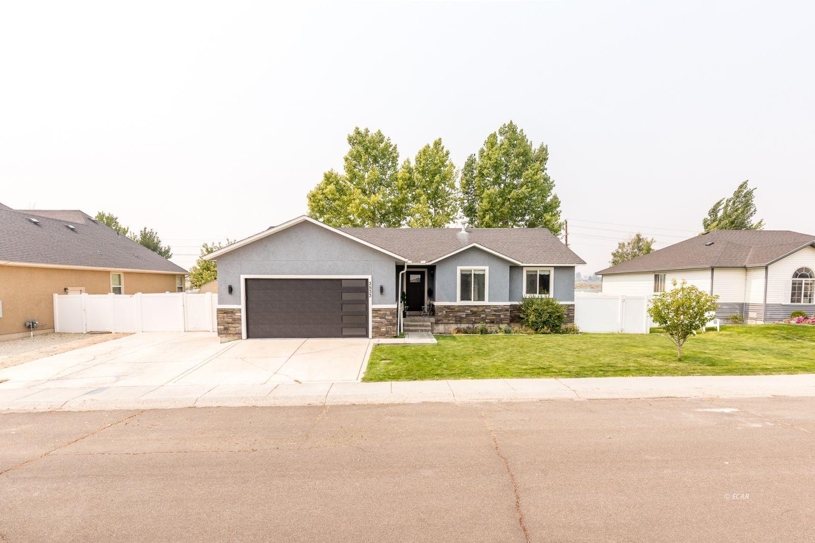 3533 Ridgecrest Drive Property Photo 2