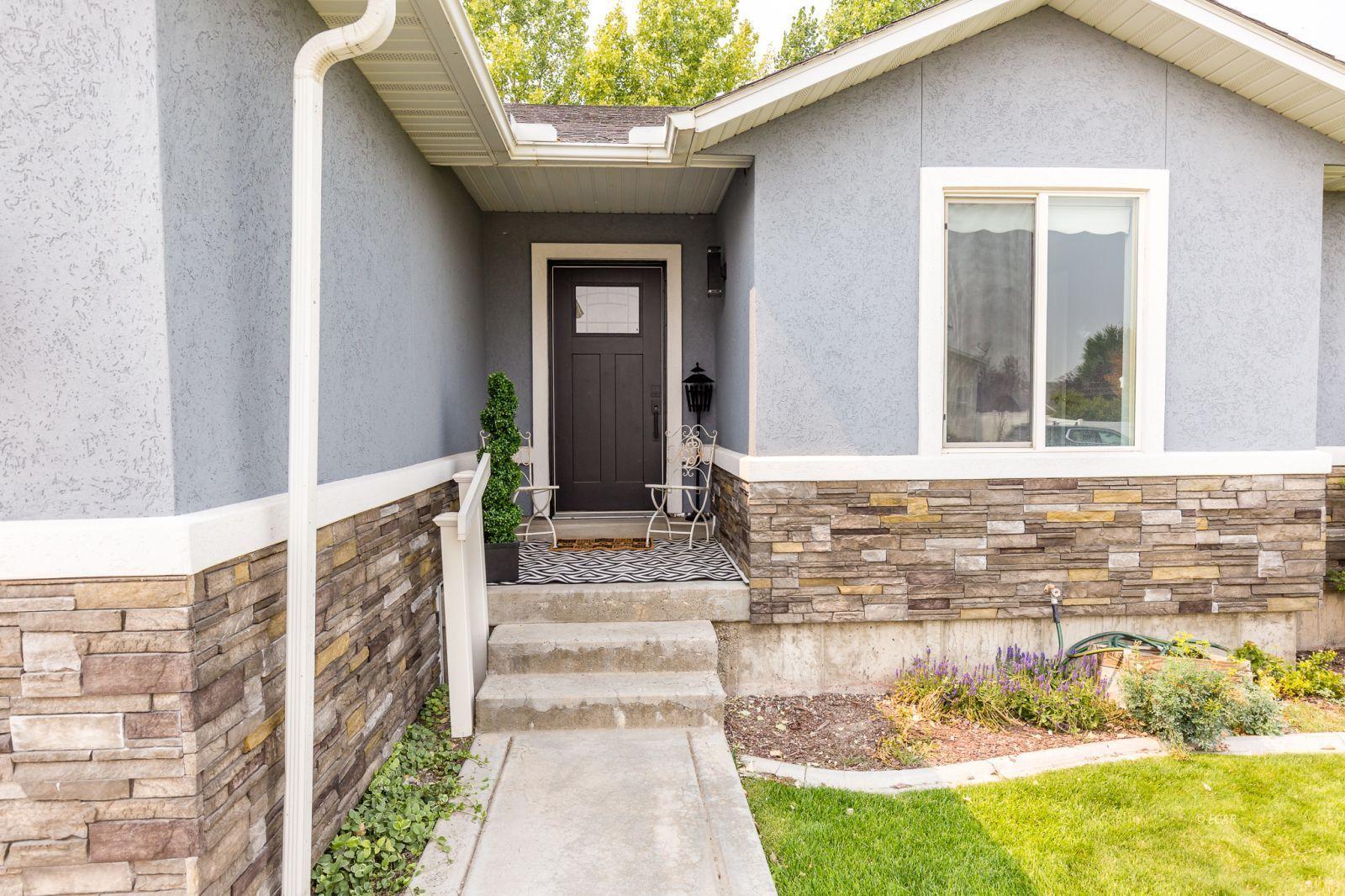 3533 Ridgecrest Drive Property Photo 4